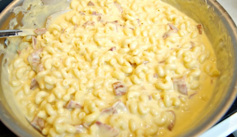 Bacon and Beer Macaroni and Cheese