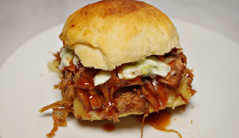 Instant Pot Pulled Pork Sliders