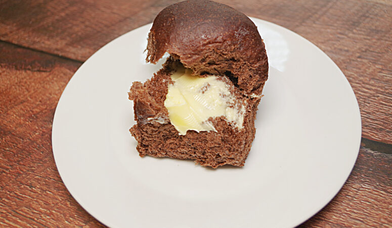 Pumpernickel Steakhouse Rolls