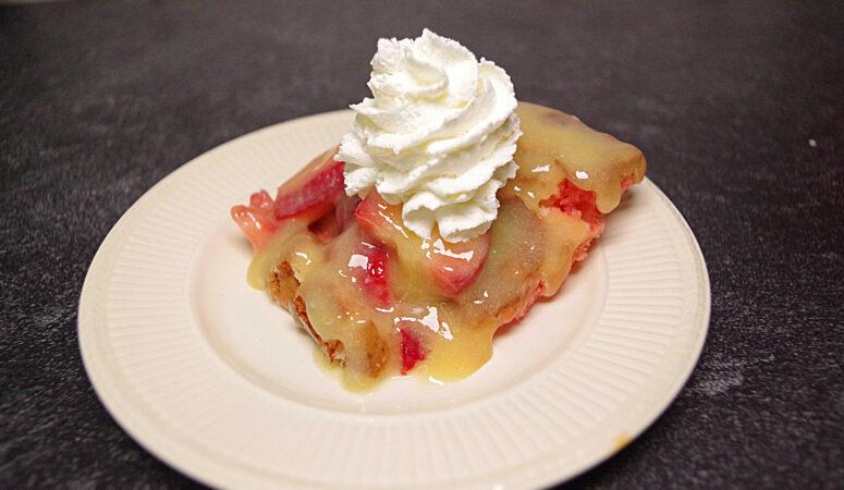 Strawberry Lemon Ooey Gooey Cake